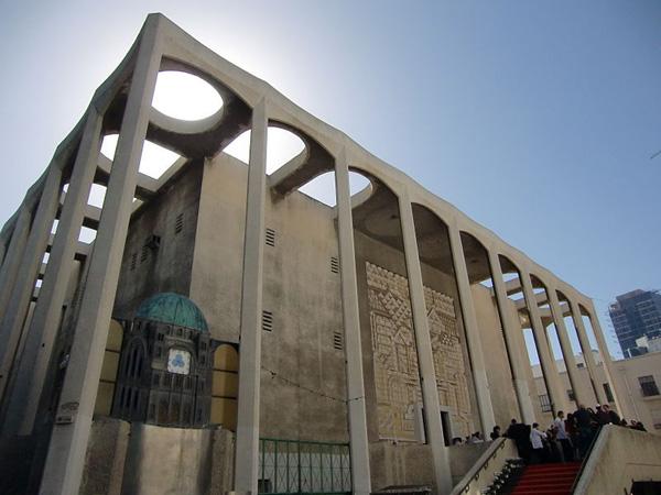 בית הכנסת הגדול ברחוב אלנבי, 2009 צילום: katrin Zirkel. מתוך אתר פיקיוויקי