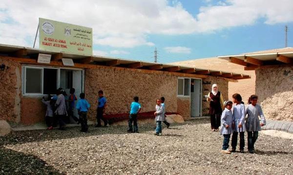 בית הספר מיד לאחר הקמתו, צילום: VENTO DI TERRA ONG 2009