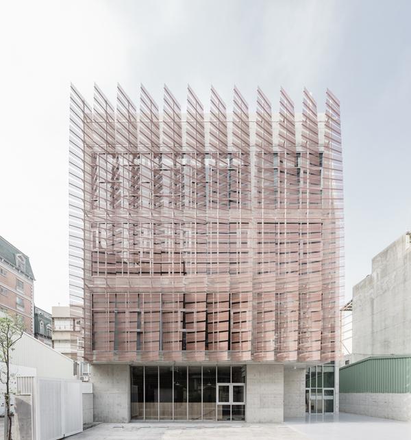 כנסיה בלב טייואן mayu architects