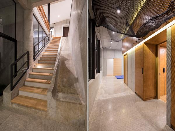 מימין: רשתות מחוברות לתקרה בין 2 חדרים סמוכים ויוצרות חלל למשחק. משמאל: מדרגות בטון משולבות במגלשה