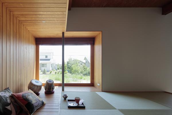החדר היפני המסורתי, מרוצף טאטאמי