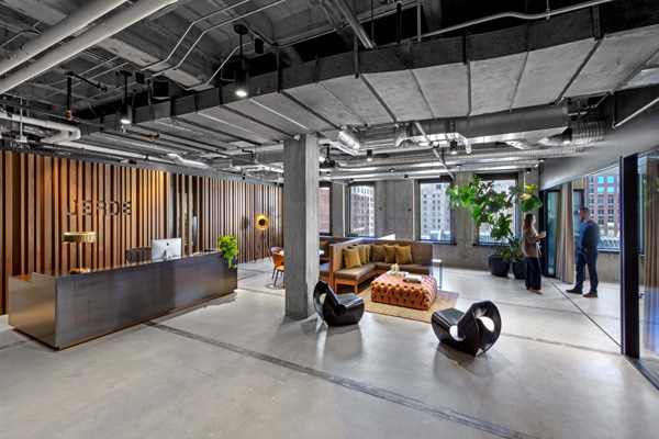 לובי הכניסה למשרדי Jerde החדשים. תכנון: Rapt Studio. צילום: Eric Laignel