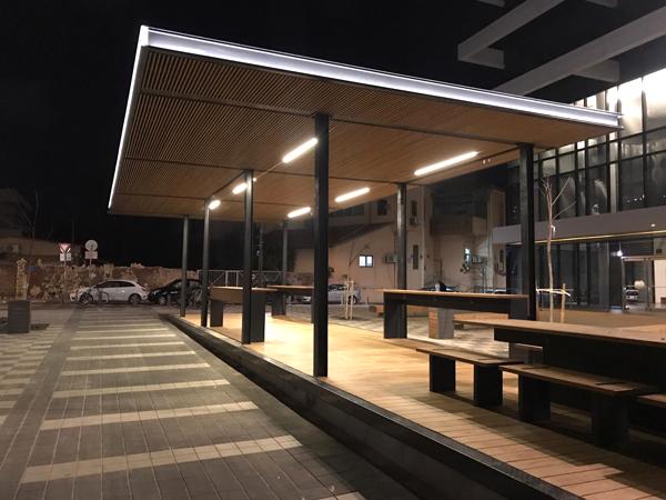 מרחב העבודה המואר לאורך הלילה, התמונות באדיבות עירית תל אביב