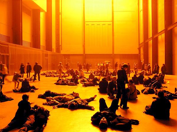 ''פרויקט מזג האויר'' בהיכל הטורבינה של מוזיאון הטייט מודרן. צילום: commons.wikimedia.org