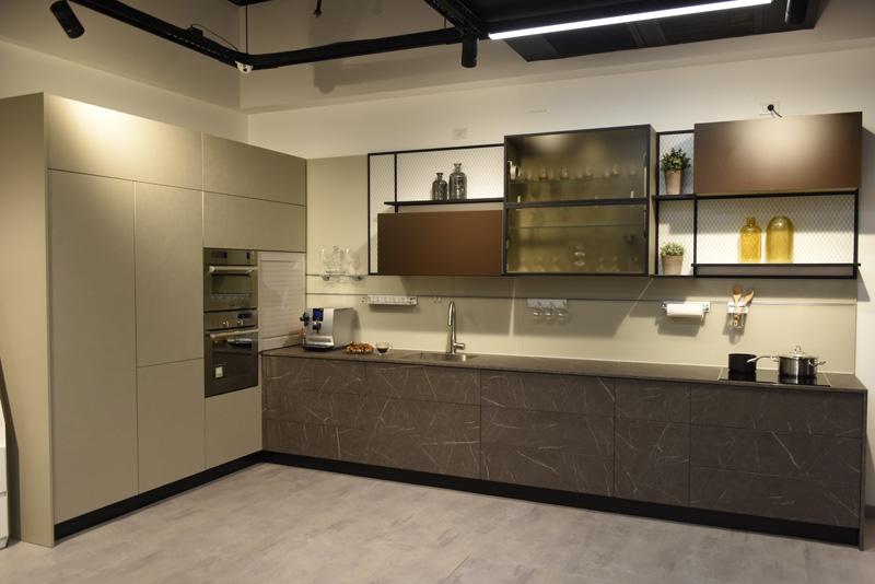 פתרונות הפרזול המתקדמים מוצגים במטבח פעיל, צילומים: באדיבות בלורן.