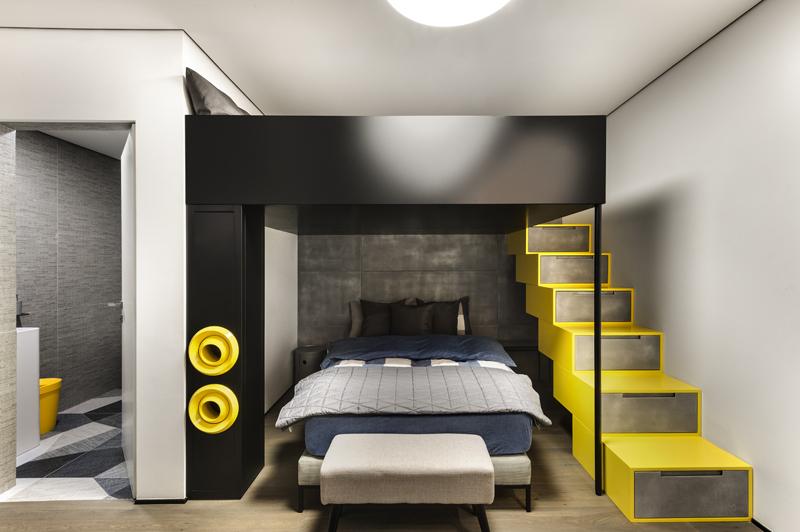 חדר שינה לנער עם ניצול מקסימלי לאחסון, צילום: עודד סמדר