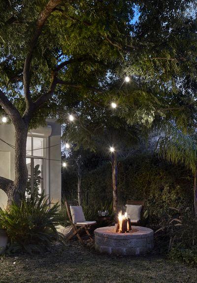 הגינה עם ה FIRE PIT, צילום: שי גיל - צילום אדריכלות