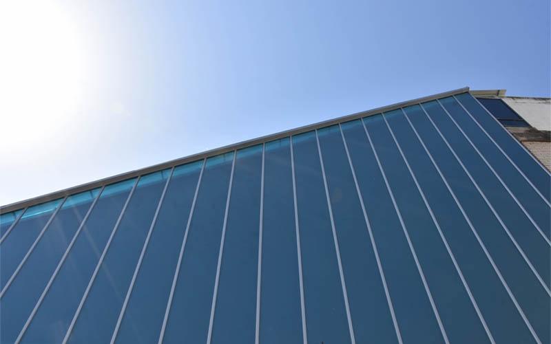 טכנולוגיית SOLARSMART™ מאפשרת תאורה טבעית יעילה עם העברת אור אופטימלית, תוך סינון יעיל של קרינת החום, קרדיט צילום: סיון מויאל