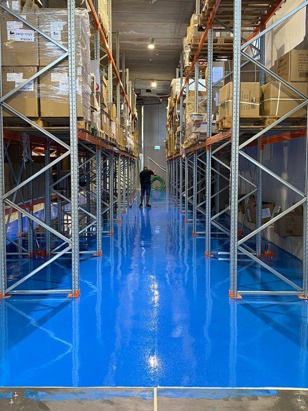 רצפת אפוקסי במחסן, אדל פרויקטים בע