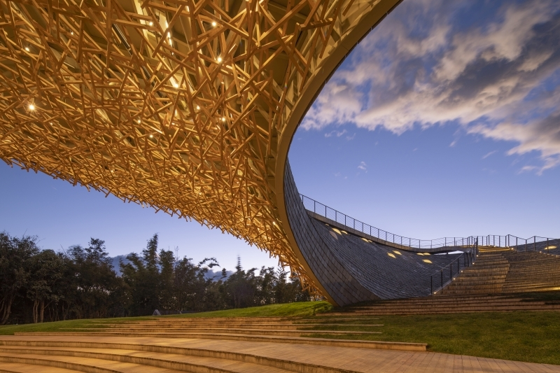 Yangliping; Wooden roof and outdoor theater, Credit Photo: Jin Weiqi