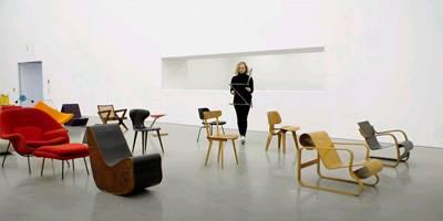 Chair Times - סיפרם של 125 כסאות המוצגים במוזיאון ויטרה | השראה יומית