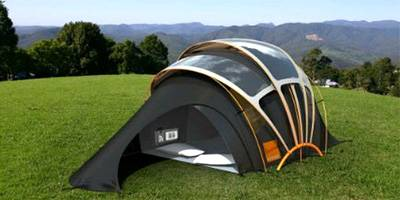 האוהלים שתרצו להקים אפילו בסלון | השראה יומית