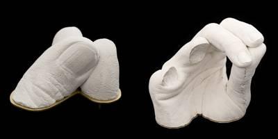 תערוכה חדשה חוקרת את תפקידם ואופן ענידתם של תכשיטים